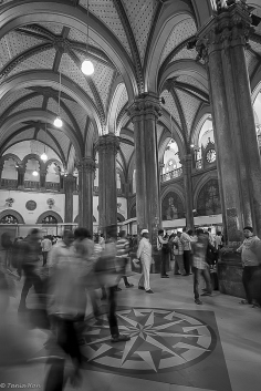 Victoria Terminus, Mumbai - one of the many converging points for the dabbawalas